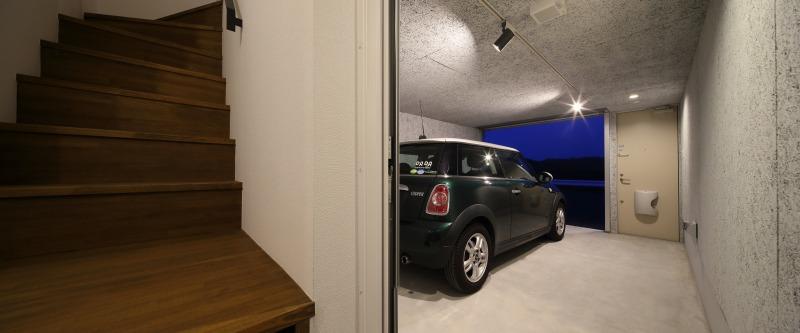 room2 玄関・ガレージ